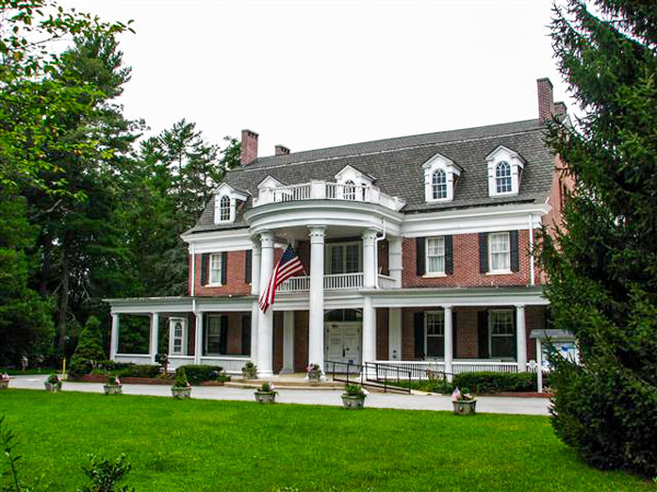 Fun things to do in Brevard NC : Silvermont Mansion in Brevard NC.